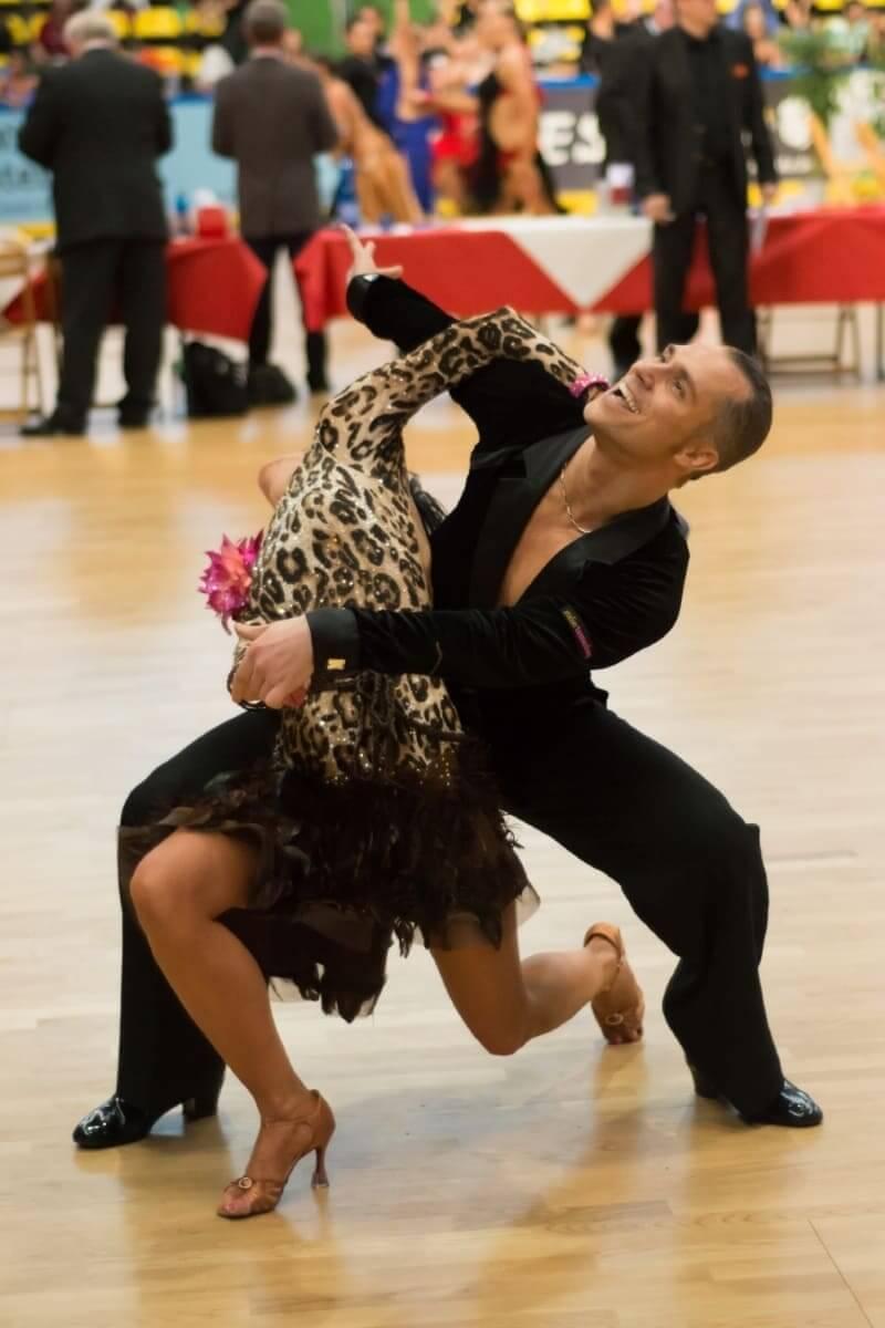 Rumba tanzen lernen bei Tanz-lehrer