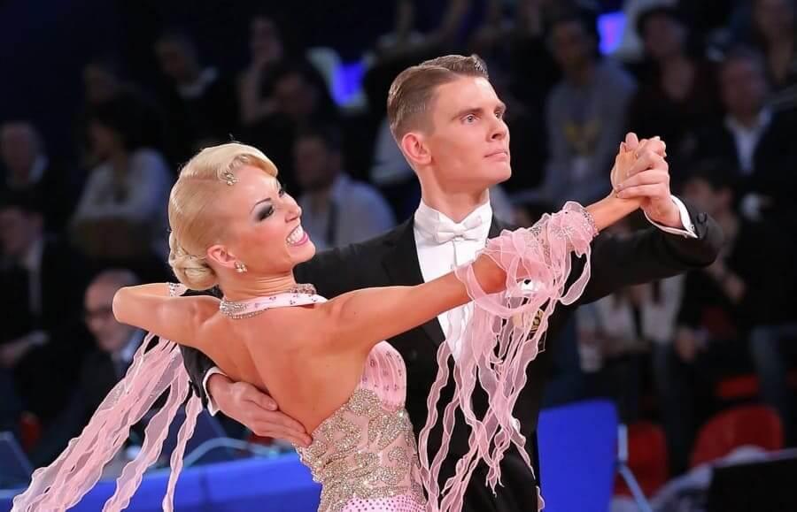Slow Fox tanzen - Zharkov und Kulikova